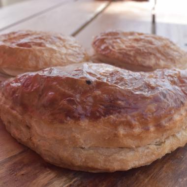 Meat Pastie - Aus Vi Bakery